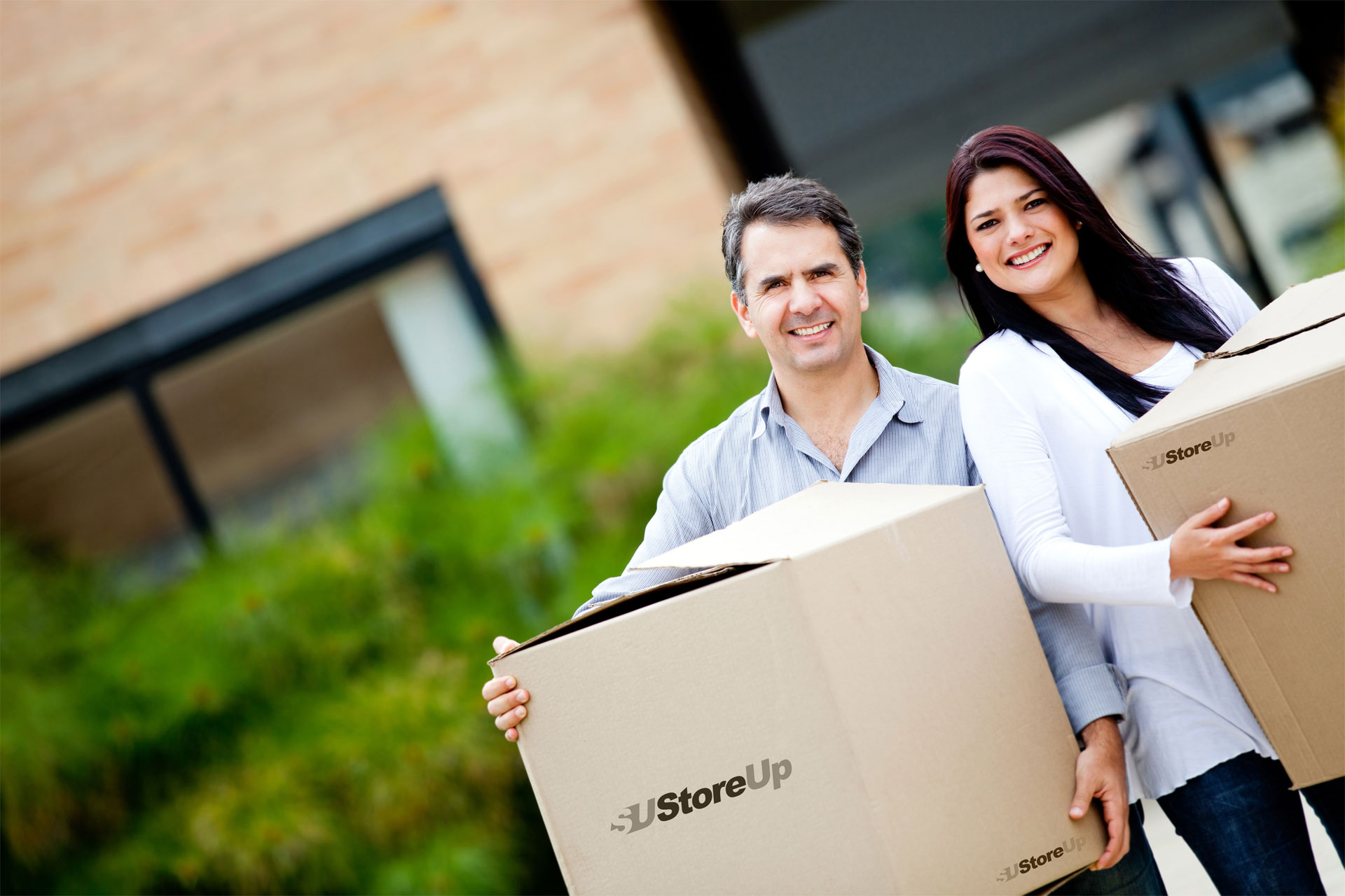 couple, moving, boxes